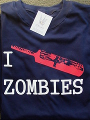 Remera zombies (Lady Krizia) Tags: comic tshirt cine series zombies vinilo remera wilwarin remeras estampado termoestampado