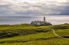 Neist Point (Jos E.Egurrola/www.metalcry.com) Tags: uk trip viaje naturaleza skye point faro island scotland nikon paisaje escocia julio es 2012 mistery reinounido d300 neist islandofskye neistpoint