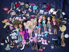 I went carbooting again... (DisneyKid96 (moved to new account)) Tags: doll sale omg mga bratz haul carboot mgae asgyfj