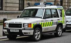 St John Ambulance, Land Rover Discovery, Rapid Response Vehicle (DE703 - Y133 RVS) (Chris' Transport Pics) Tags: life uk blue light england film speed hospital lights nikon bars pix fuji threatening united fine 911 blues samsung kingdom ambulance medical health national nhs finepix trust and fujifilm service hd saving emergency medic paramedic savers 112 siren 999 twos strobes lightbars rotators d3000 leds s2750 y133rvs