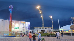 Dark Clouds Looming (Katie_Russell) Tags: portrush coantrim countyantrim ni ireland nireland northernireland ulster norniron barrys amusements light lightning dark darkness night