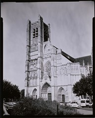Saint Germain - Auxerre (Nicolas) Tags: busch pressman camera collection 4x5 ilford multigrade rc x30 lc29 rapidfixer focus light lumire shadow nicolasthomas auxerre burgundy bourgogne france monument patrimoine architecture cathedral abbaye fujifilm