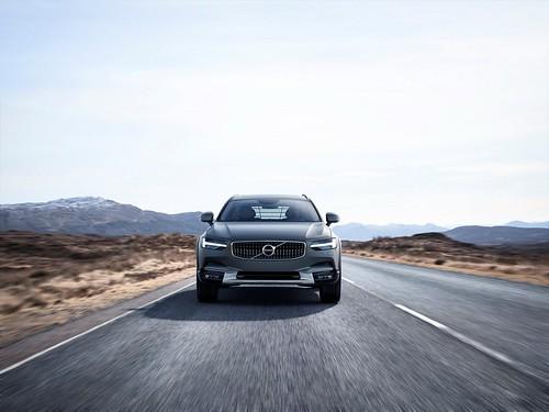 Volvo V90 Cross Country