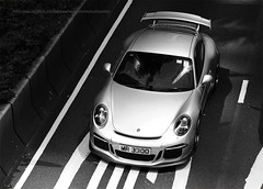 Porsche, 991 GT3, Wan Chai, Hong Kong (Daryl Chapman Photography) Tags: mr3300 porsche german 991 911 wanchai gt3 car cars auto autos automobile canon eos is ii 70200l f28 road engine power nice wheels rims hongkong china sar drive drivers driving fast grip photoshop cs6 windows darylchapman automotive photography hk hkg bhp horsepower brakes gas fuel petrol topgear headlights worldcars daryl chapman 1d mkiv