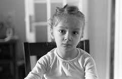 Anne-Sophie (Amelien (Fr)) Tags: 147 14 2016 400 50mm 5cm amz analog argentique believeinfilm capturedonrealfilm dilutione epson film hc110 kodak nikkor nikon pellicule trix blackandwhite bw f16rule filmisnotdead homescanned monochrome nb noiretblanc rangefinder s2 telemetrique v550