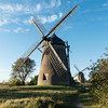 2 Windmühlen (swissgoldeneagle) Tags: windmühle 1x1 sverige windmills windmuehlen rx100m4 schweden windmuehle windmill sweden skandinavien visby scandinavia gotland rx100 gotlandslän se