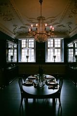 Royal Copenhagen table (HippoHo_tw) Tags: film minolta a7 maxumm dynax 35mm 135 fuji xtra 400 royalcopenhagen