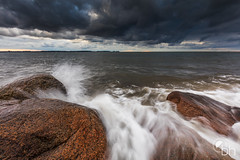 Dramatic Clouds (bhansen.kiel) Tags: storm clouds dramatic waves balticsea water stones sky outdoor canon 5dsr autumn herbst cold wind kiel deutschland germany schleswigholstein laboe