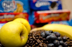 Day 102 - fruit-008.jpg (JohnCrider) Tags: coffee cookie banana blueberry oreo nutterbutter appleseed
