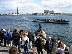 PICT0430 (Alexandre Dolique) Tags: copenhagen nyhavn tivoli tours siren copenhague sirne tordue nyhavnn