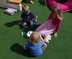 IMGP3541 (mattbuck4950) Tags: family england playing june kids children fun europe play corse parties gloucestershire 2012 lenssigma18200mm davebarbaras camerapentaxkx