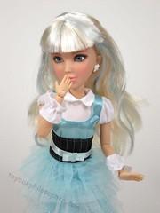 Liv Sophie (Wonderland) (The Toy Box Philosopher) Tags: alice sophie liv wonderland