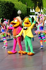 Mickey's Soundsational Parade -- Panchito and Jose (Jade Monster) Tags: disneyland fantasyland josecarioca panchitopistoles mickeyssoundsationalparade