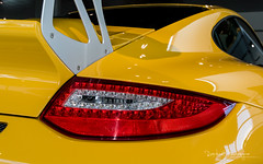 With added Vitamins / 3 (Raph/D) Tags: rouge porsche 911 997 gt3 rs gt3rs renn sport rennsport 911gt3 911gt3rs 38 flat 6 neunelfer german sportscar stuttgart zuffenhausen yellow jaune catchy colors rare paint sample special order phase 2 used car centre velizy retailer auto canon eos 7d mark ii canoneos7dmarkii l series lseries gelb speed vitesse added vitamins 2470mm ef2470mmf28liiusm garage showroom perfect track toy sporty