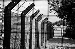 Shooting Capellen-Mamer - 20.08.2016 - 1 (deumter) Tags: luxembourg city black white blackwhite namsa otan nato capellen prison barbed wire fence army europe