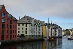 Alesund, Norway (CLAUDIA COTA) Tags: noruega norway scandic fjords water ocean sea mountain