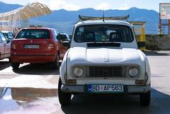 L1000999 (dmitriy.marichev) Tags: leic leica leicas2 leicas2p 7025 summarits7025asph budva montenegro porto renault vintage classic old car dmitriymarichev mf mediumformat