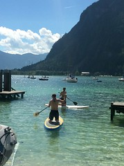 Paddleboarding in Buchau (Thomson Lakes) Tags: sunshine buchau achensee active lake paddleboard