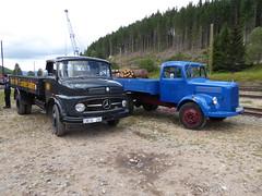 2 Oldies (thomaslion1208) Tags: lkw mercedes camion transport truck oldtruck oldtimer