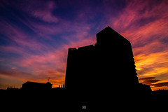 Sunset (Carra.Dfgdef) Tags: canon eos 7d canoneos7d canon7d tokina 1224mm f4 atx pro dx tokinaatxprodx1241224mmf4 sunset widow home casa atardecer fire fuego clouds sky colours colori colores barcelona catalunya spain tetuan edificitetuan iso high highiso rumore silhouette landscape cityscape