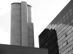La Dfense (milone) Tags: paris architecture buildings design la graphic defense skycrapers dfense