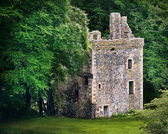 Knockdolian Castle (cmaccubbin) Tags: castle history rock stone scotland ancient knockdolian maccubbin
