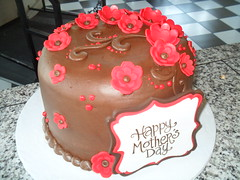 red flowers (Royalty_Cakes) Tags: flowers chocolate mothers polkadots swirls monograms pocodots wwwroyaltycakescom aprilmay2012