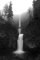 B/W Remix (John Behrends) Tags: cold water misty oregon waterfall pentax columbiagorge multnomahfalls