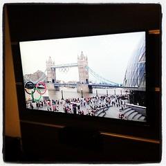 โถ่ทุยเอ๋ย ตูไม่ง้อเอ็งก็ได้ ยูทูบจัดให้แจ่มขนาดนี้ #London2012