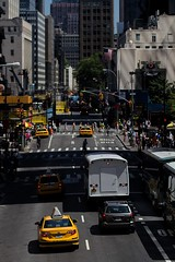 Manhattan (Gwenaël Piaser) Tags: unlimitedphotos gwenaelpiaser canon eos 7d canoneos eos7d canoneos7d new yrok newyork july 2012 america amrique usa etatsunis 85mm 85mmf18 canonef85mmf18usm ef85mmf18usm yellow cab taxi city ville