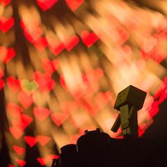 Danbo enjoys the fireworks of LOVE (Takashi(aes256)) Tags: heart fireworks bokeh  danbo   nikond4  nikonafsnikkor70200mmf28gedvrii