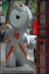 Wenlock again (snaphappysal) Tags: park sculpture london mayor mascot mandeville olympics 2012 paralympics wenlock