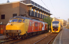 NS DM'90 en mP / Zwolle (Bevadi) Tags: ns mp zwolle 3020 dm90 3450 dieseltreinstellen motorpostwagen