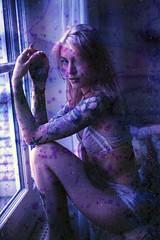 film (La fille renne) Tags: film analog 35mm lafillerenne minoltasrt303b 50mmf18 fujifilm fujisuperiaxtra400 expired expiredfilm filmsoup soup portrait woman model tattoo ink louiseblueregard blueregard