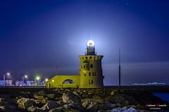 Puerto Sherry (Antonio Camelo) Tags: nikon night noche landscapes lights lighthouse luces foto faro luna moon port puerto