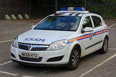 Durham Constabulary Vauxhall Astra Incident Response Vehicle (PFB-999) Tags: durham constabulary police vauxhall astra estate incident response vehicle car unit ivr panda lightbar rotators beacons nk58htx