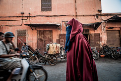 Covered up @ Marrakech (PaulHoo) Tags: marrakech morocco africa street candid streetcandid streetphotography 2016 summer city urban citylife lightroom people women woman fashion traffic