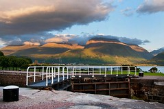 Evening sun on the Nevis range. (Nurmanman) Tags: scotland scot bennevis fortwilliam lochaber munro locheil lochlinnhe scottishhighlands corpach