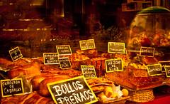 que quieres desayunar? (Hansis y Greta) Tags: espaa cake bread spain asturias pan gijon panaderia pasteleria sonydsc bollo lamanoamiga goldcruzadas