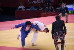 Olympic Judo London 2012 (Martin Hesketh) Tags: city england judo london canon photography photo europe zoom 300mm olympics 2012 london2012 teamgb londonphotography canon5dmkii karinabryant teddyriner chrissherrington internationsport
