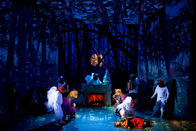 "Moshe Leiser and Patrice Caurier's production of Hänsel und Gretel. The Royal Opera 2008. <a href=""http://www.roh.org.uk"" rel=""nofollow"">www.roh.org.uk</a>"