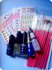 Comprinhas (Priscilla Estrela) Tags: paint nail fingers stickers polish adesivos esmaltes pinceis comprinhas