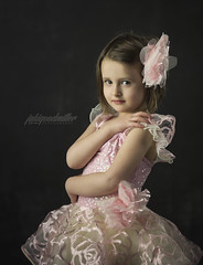 employ (jaki good miller) Tags: ballet dancer tutu pinktutu portrait danceportrait jakigoodmillerportrait jgmportrait browneyes littlegirl