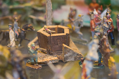 Sniping from a pillbox (quinet) Tags: belgien belgique belgium brussels brusselstoymuseum bruxelles brssel lemusedujouetdebruxelles spielzeug jouets toys