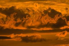 Bore da! Good morning! Buenas dias! Maidin mhaith! Guten morgen! Egun on! (Owen Llewellyn) Tags: morining sunrise sky colour clouds warm orange red yellow london owen llewellyn cygnus imaging canon 400mm eos1d x
