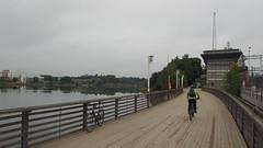 2016 Bike 180: Day 206, August 23 (olmofin) Tags: 2016bike180 helsinki bicycle commuter bridge tlnlahti railway polkupyr pyrtie pyrtiesilta mzuiko 918mm