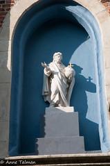 _DSC8764 (annetalman) Tags: 09 17 2016 antwerpen jezus wandelsite blauw met schaduw wit