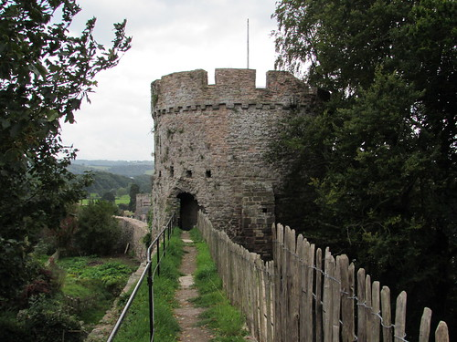 Usk: Usk Castle (Monmouthshire)