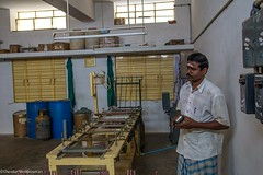 Turning gold.. (Chendur) Tags: india industry scale rural small micro workplace medium weavers tamil tamilnadu industries ngo socialdocumentary handloom rura