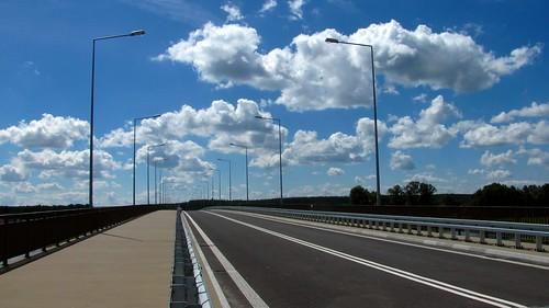 Zbudowaliśmy nowy most...